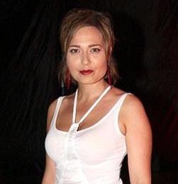 Мира Авад