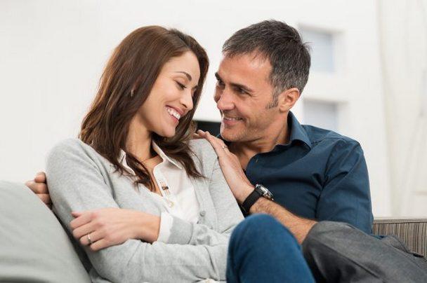 Юлиан это хороший семьянин, преданный муж и отец.