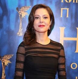 Еле́на И́горевна Ля́дова