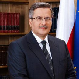 Брони́слав Коморо́вский