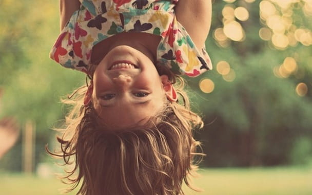 Маленькая Ainur растет непоседой, веселой и игривой девочкой.