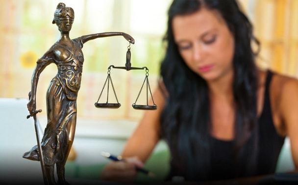 Рита может работать юристом, врачом, преподавателем.